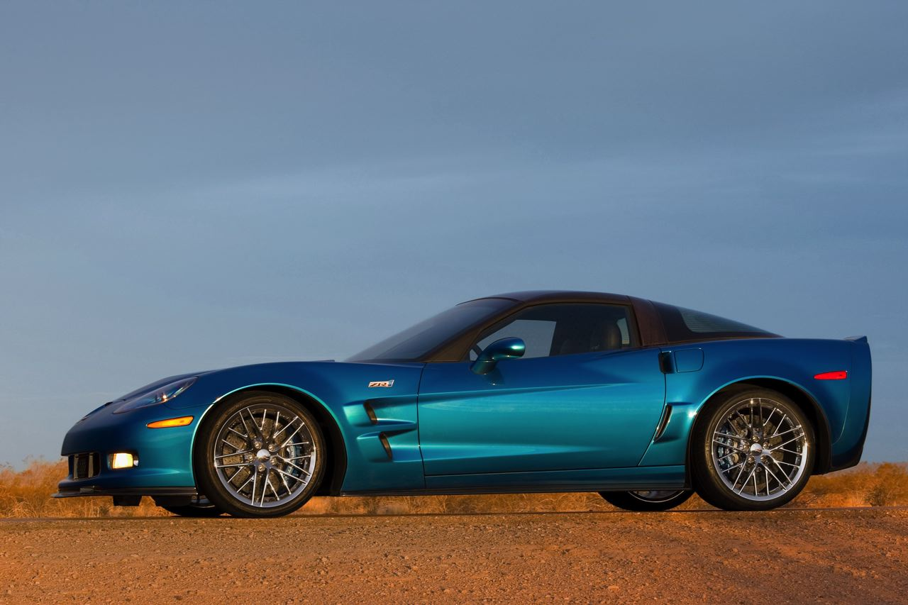 the new king of the hill the 2009 corvette zr1 corvette sales news lifestyle. Black Bedroom Furniture Sets. Home Design Ideas
