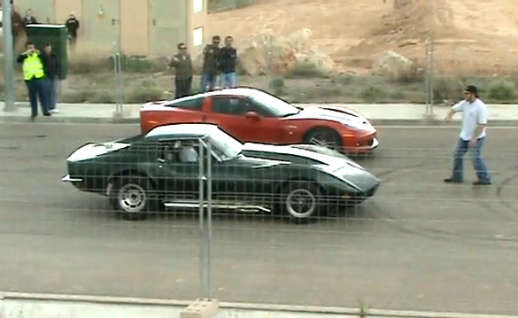 [VIDEO] Dragstrip Shootout: 1973 Corvette Stingray vs Corvette Z06