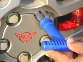 Wheel Lug Nut Cleaning/Polishing Brush