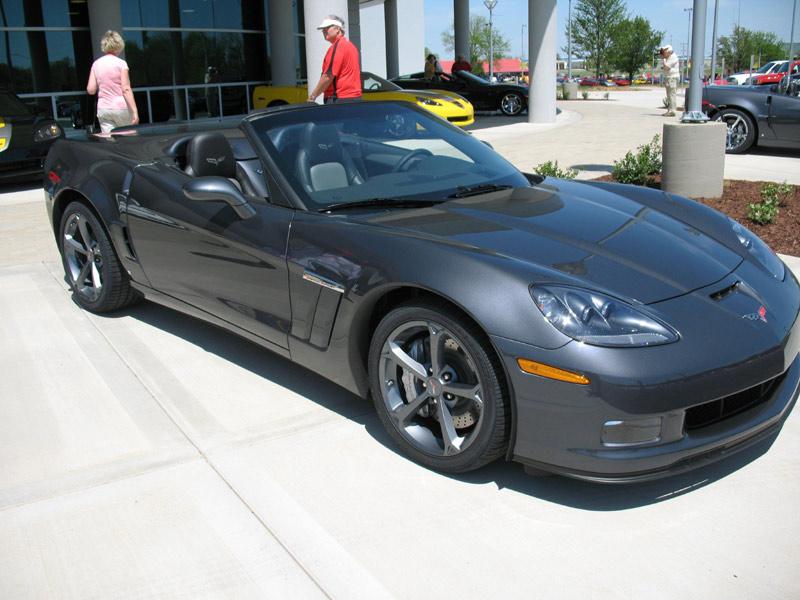 exclusive photo gallery the 2010 corvette grand sport corvette sales news lifestyle. Black Bedroom Furniture Sets. Home Design Ideas