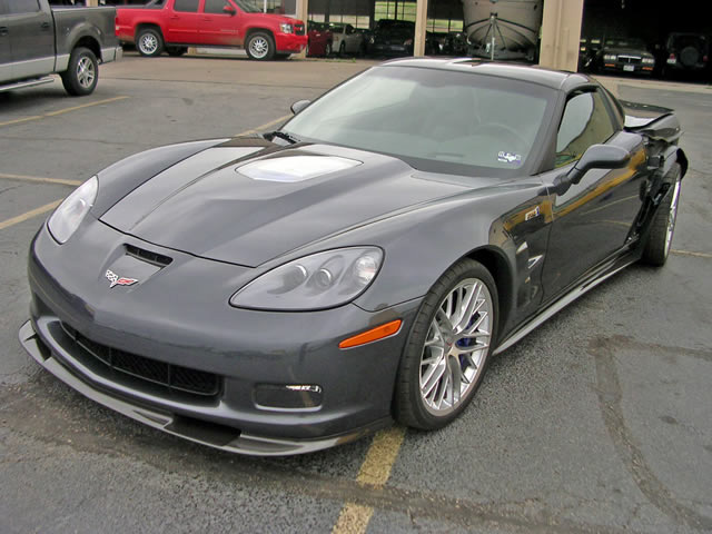 wrecked 2009 corvette zr1 for sale on ebay corvette sales news lifestyle. Black Bedroom Furniture Sets. Home Design Ideas