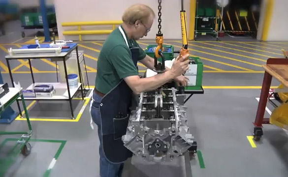 Live Webchat: Learn More About the Corvette Engine Build Experience
