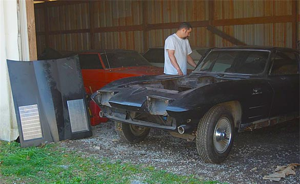 Corvette Central Kicks Off 1963 Split-Mod Restoration Project