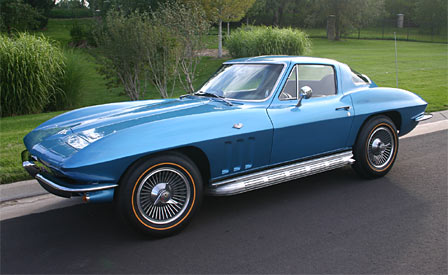 1966 Corvette Auctioned by Barrett-Jackson