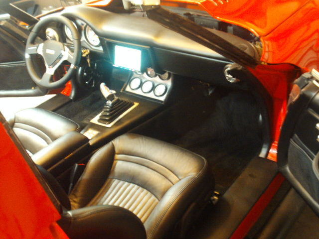 1981 Corvette Gets Custom iPad Install