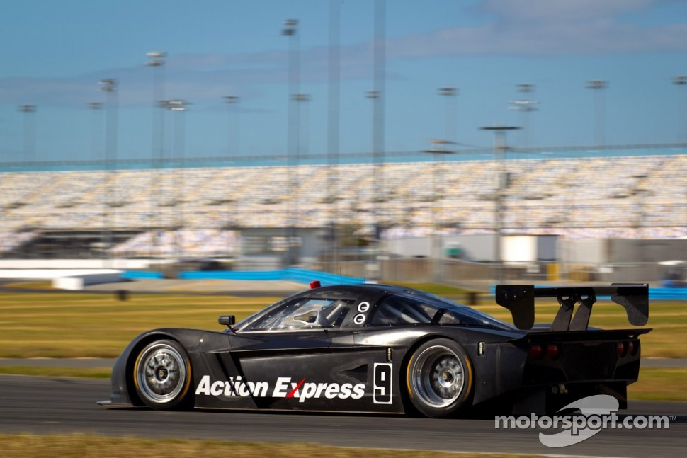 Three New Corvette DPs Test at Daytona