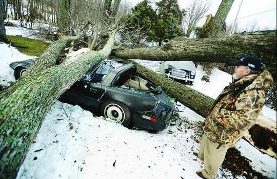 1984 Corvette Crumpled in Winter Storm