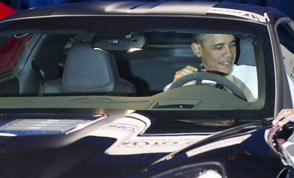 [PIC] President Obama Checks Out the Corvette ZR1