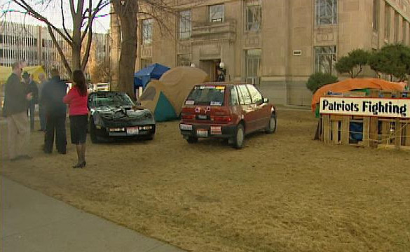 Anti-Occupy Boise Demonstrators Use Corvette to Stage Protest