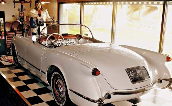 Have a Pizza and Enjoy the View of this 1954 Corvette in Great Falls, Montana