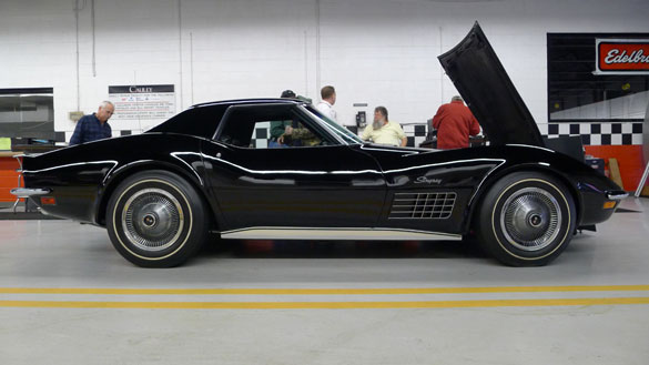 [PICS] The Black 1972 Corvette