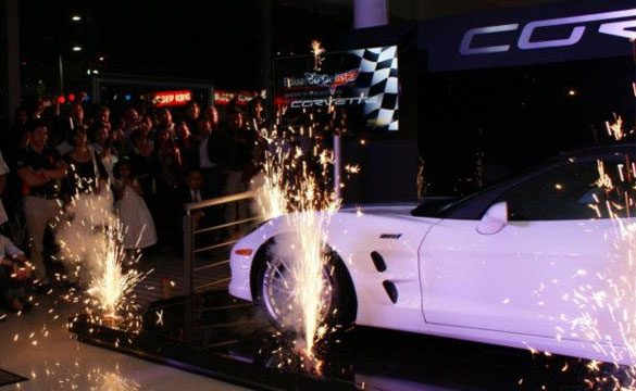 [VIDEO] 2013 60th Anniversary Corvette ZR1 Unveiled in Mexico