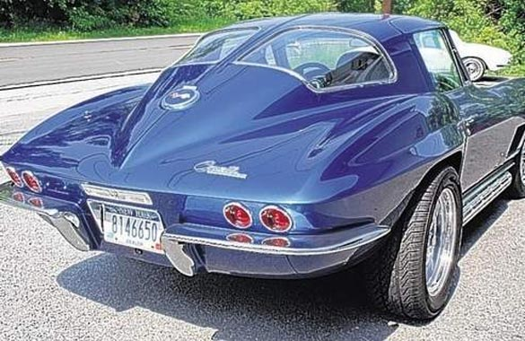 Restorer creates a 39 mythical 1967 corvette 39 corvette for 1967 corvette stingray split window