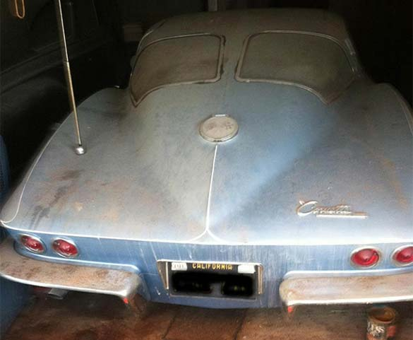 1963 Split-Window Corvette Barn Find Covered in 33 Years of Dust