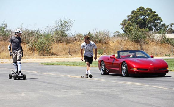 [VIDEO] C5 Corvette Drag Races an Electric SkateBoard