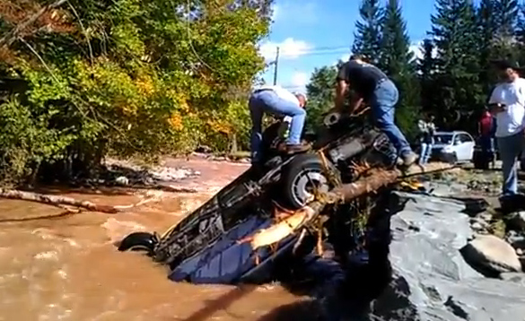 [VIDEO] C4 Corvette Pulled from Watery Grave After Flash Flood