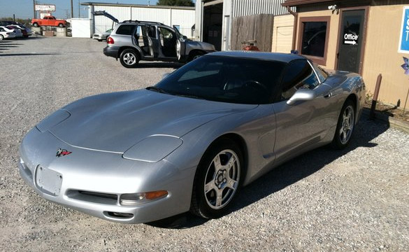 Kansas Man Tackles Suspected Corvette Thief