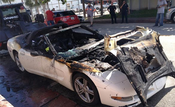 [PIC] C5 Corvette Goes Up in Flames in South Beach