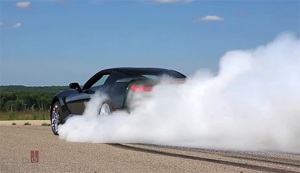 [VIDEO] 2014 Chevrolet Corvette Stingray Burnout with Tony Stewart