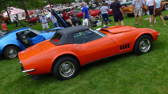 pics-monaco-orange-1969-zl1-corvette-convertible-at-bloomington-gold