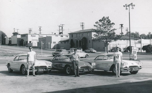 [PIC] Throwback Thursday: Tres Corvettes in South Pasadena