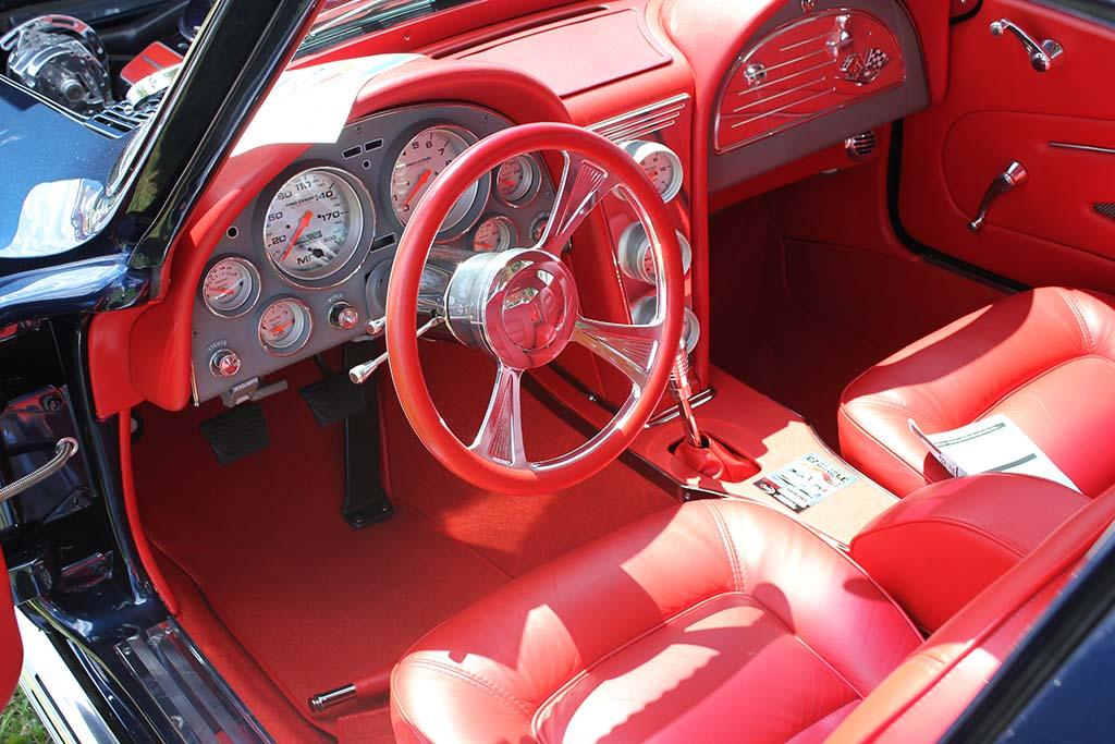 PICS] 2013 Corvettes at Carlisle: 1965 Corvette Restomod - Corvette