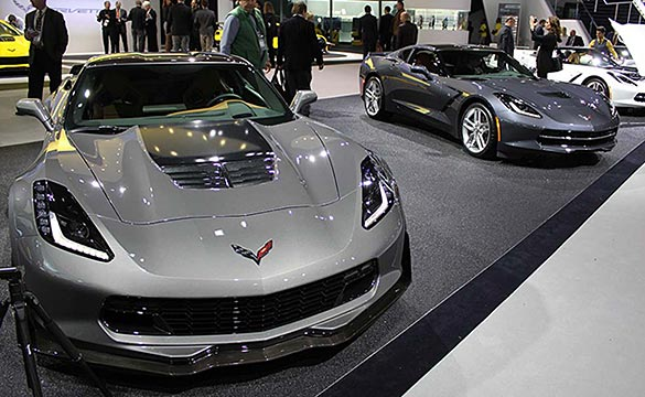 Corvette to Feature Two New Colors for 2015