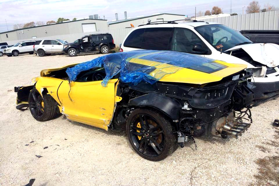 Pic Wrecked C7 Corvette Stingray Corvette Sales News