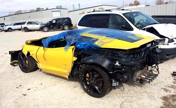 [PIC] Wrecked C7 Corvette Stingray