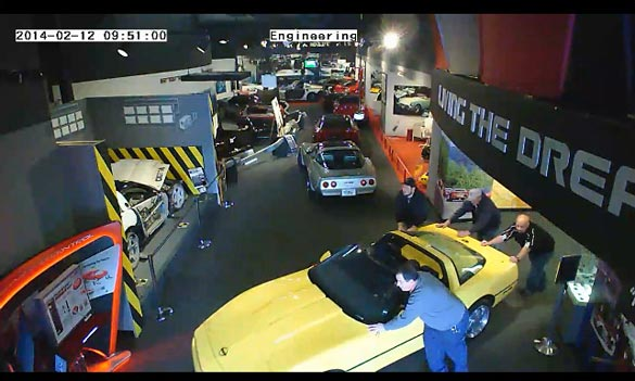 A Sinkhole Under the National Corvette Museum Opens and Swallows 8 Corvettes