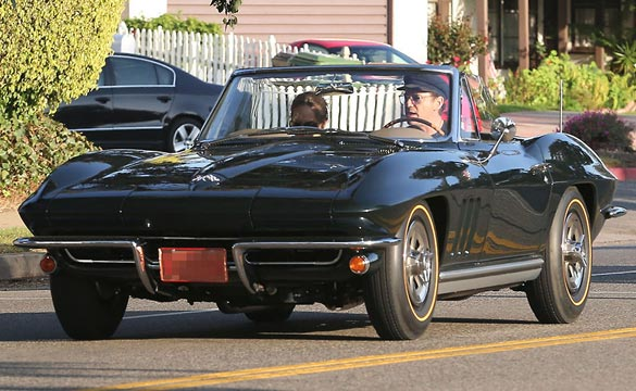 [PIC] Robert Downey Jr Takes His 1966 Corvette for a Sunday Afternoon Drive