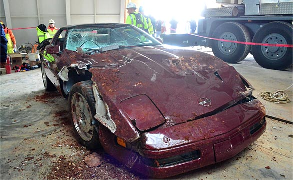 [VIDEO] Corvette Museum Recovers the 1993 40th Anniversary Corvette from Sky Dome Sinkhole