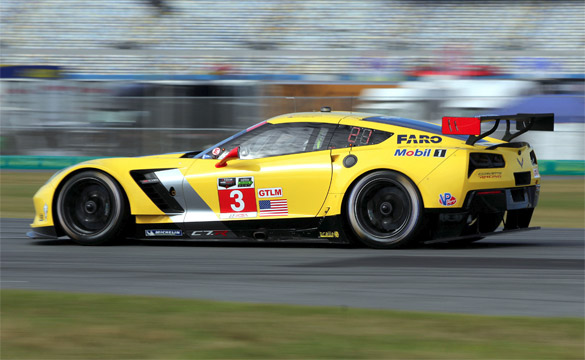 Corvette Racing at Long Beach: First Pole Position for Chevrolet Corvette C7.R