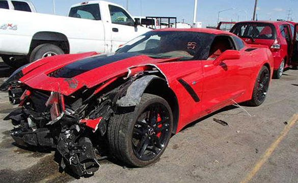 [SAVE THE STINGRAYS] Damaged C7 Corvette Stingray with 293 Miles to be Auctioned