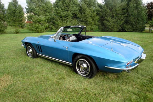 [GALLERY] Midyear Monday (29 Corvette photos)