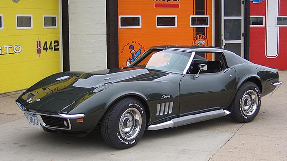 Replica of a 1969 Corvette ZL-1 Heading to Mecum Anaheim