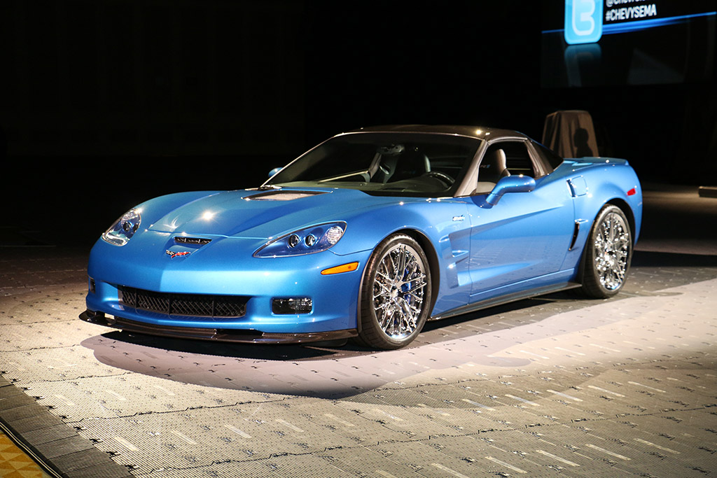 National Corvette Museum >> [PICS] GM Reveals Restored 2009 Corvette ZR1 Blue Devil ...