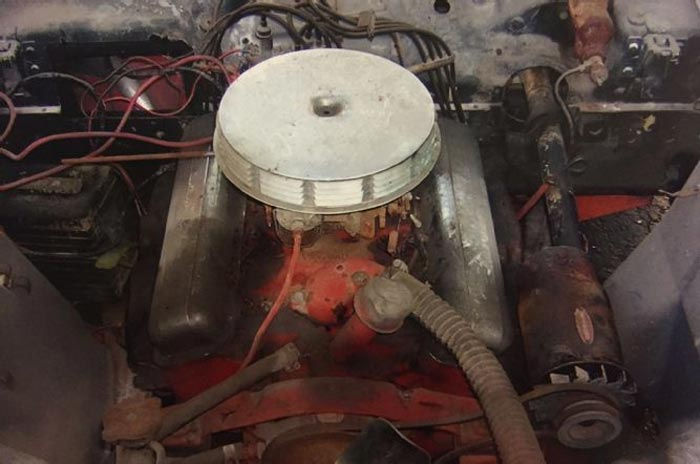 Barn Find: Milwaukee Garage Hides Two 1957 Corvettes and a 1963 Sting Ray Convertible