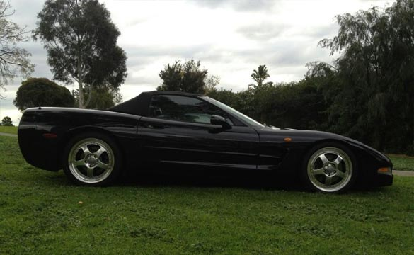 1999 Corvette and a Classic Mustang Stolen from Auto Shop in Melbourne, Australia