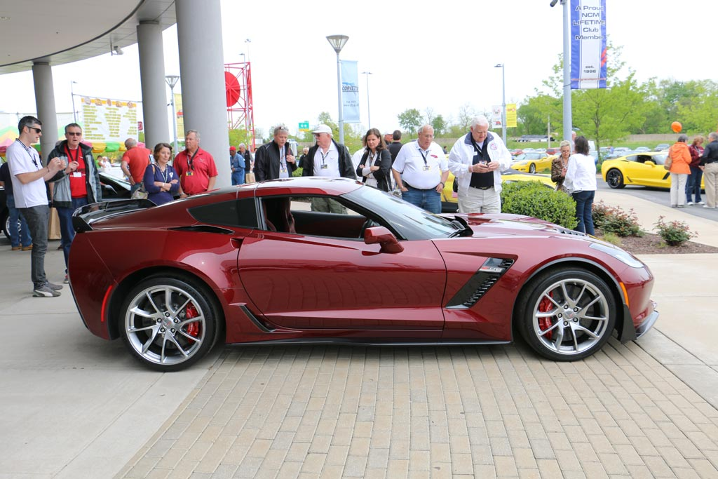 2016 corvette z06 blade wheel - 2016 Corvette Stingray And Z06 Spice Red Design Package