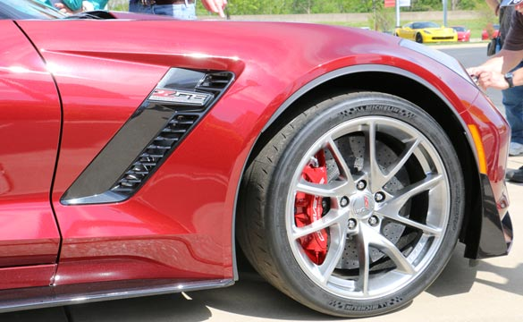 [PICS] New Wheel Options for 2016 Corvettes