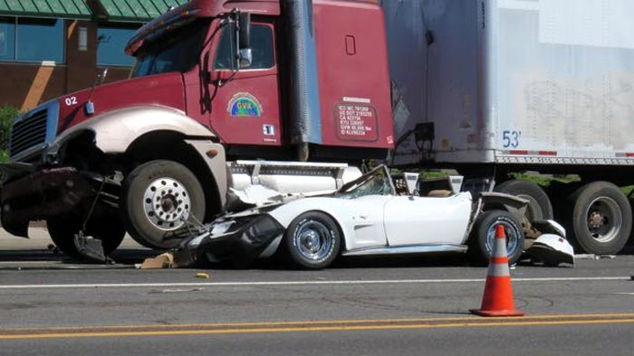 [ACCIDENT] 18-Wheeler Runs Over a C3 Corvette Sending Two Teenage Girls to the Hospital