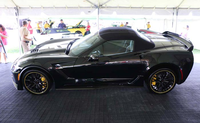 [PICS] The 2016 Corvette Z06 C7.R Edition Convertible in Black Breaks Cover