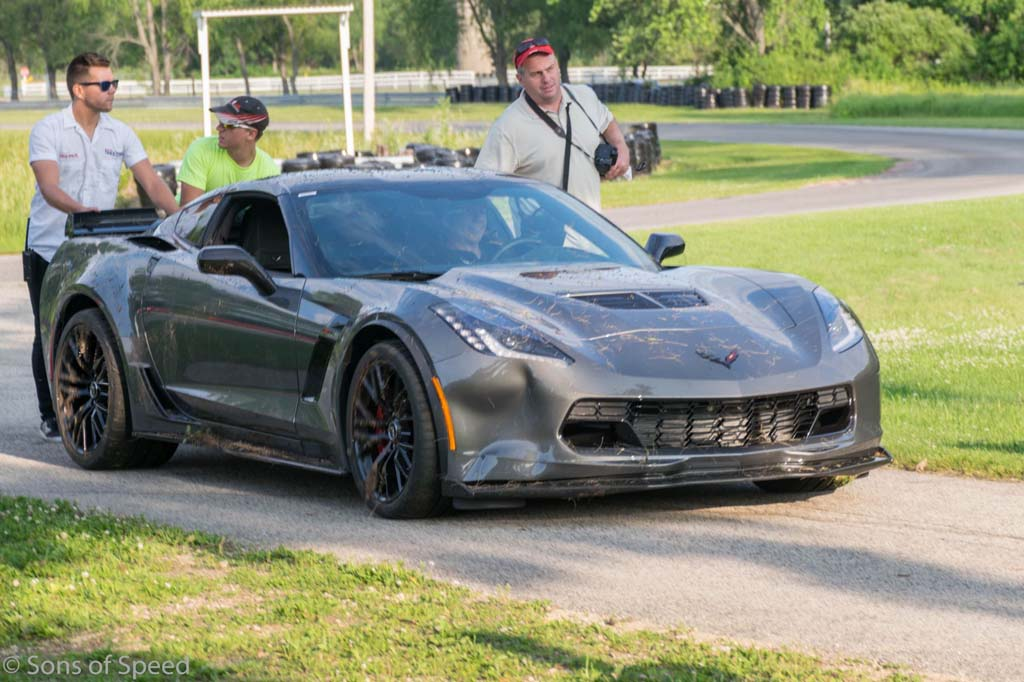 ACCIDENT] C7 Corvette Z06 Crashes at the Race Track - Corvette ...