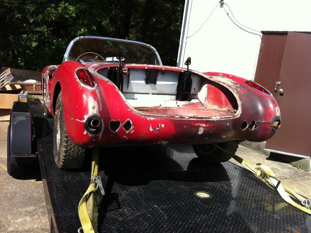 Corvettes On Ebay Barn Find 1960 Corvette Would Make A Great