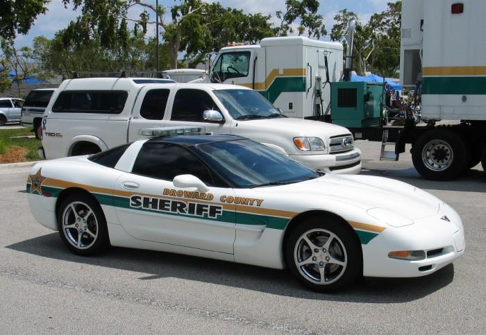 Corvette Police Car: [GALLERY] Corvette Police Cars (34 Corvette Photos