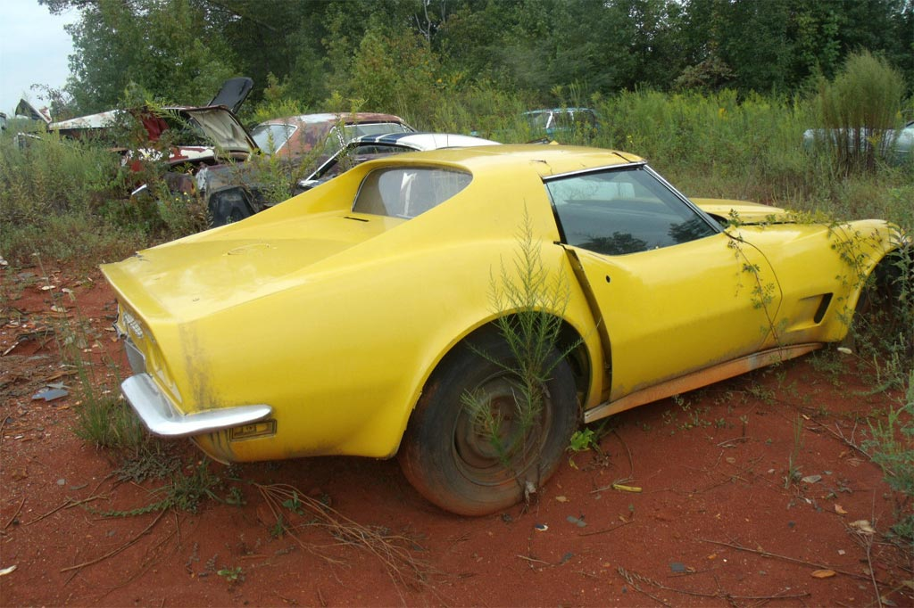 pics  sad 1971 corvette barn find being sold as a parts car