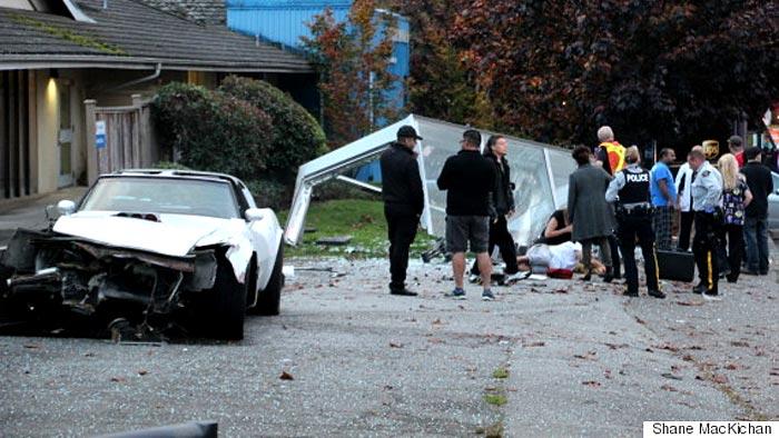 [ACCIDENT] C3 Corvette Driver Captured after Fleeing Scene of Bus Stop Crash