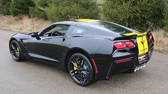 [PICS] New Yellow Full Length Stripe Color for 2016 Corvettes