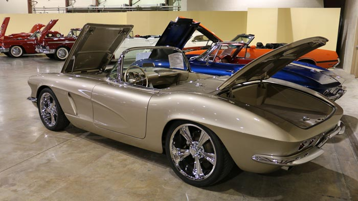 1962 custom roadster - $164,900